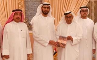 الصورة: الصورة: عبدالملك القاسمي يشيد برعاية القيادة الرشيدة للأدب والشعر