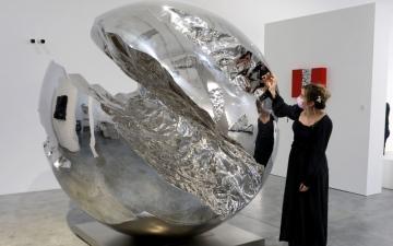 الصورة: الصورة: فنون القوز في دبي..روائع تنسج لوحات تناغم الثقافات