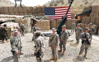 الصورة: الصورة: الولايات المتحدة تنسحب من قاعدة كبيرة في قندهار بجنوب أفغانستان