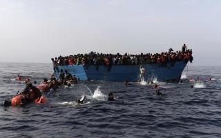 الصورة: الصورة: «قوارب الموت» تستغل العيد للإبحار إلى أوروبا عبر سواحل تونس وليبيا