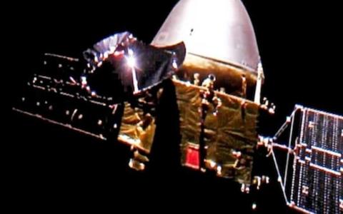 الصورة: الصورة: الصين تنجح في إنزال مركبة فضائية على سطح المريخ لأول مرة
