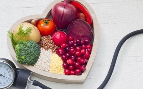 الصورة: الصورة: أطعمة تخفض مستوى ضغط الدم