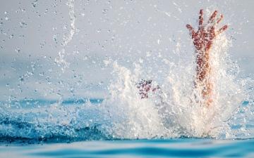 الصورة: الصورة: حوادث الغرق.. عوامل أمان مفقودة وإهمال أسري