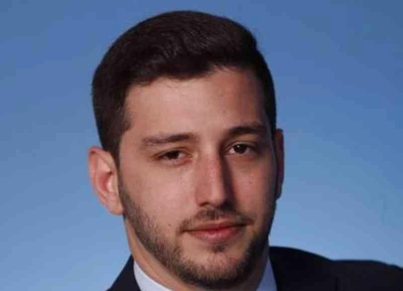 الصورة : سباستيان شتراوس - محلل أبحاث تنفيذي ومنسق للتواصل الاستراتيجي في معهد بروكنغز.