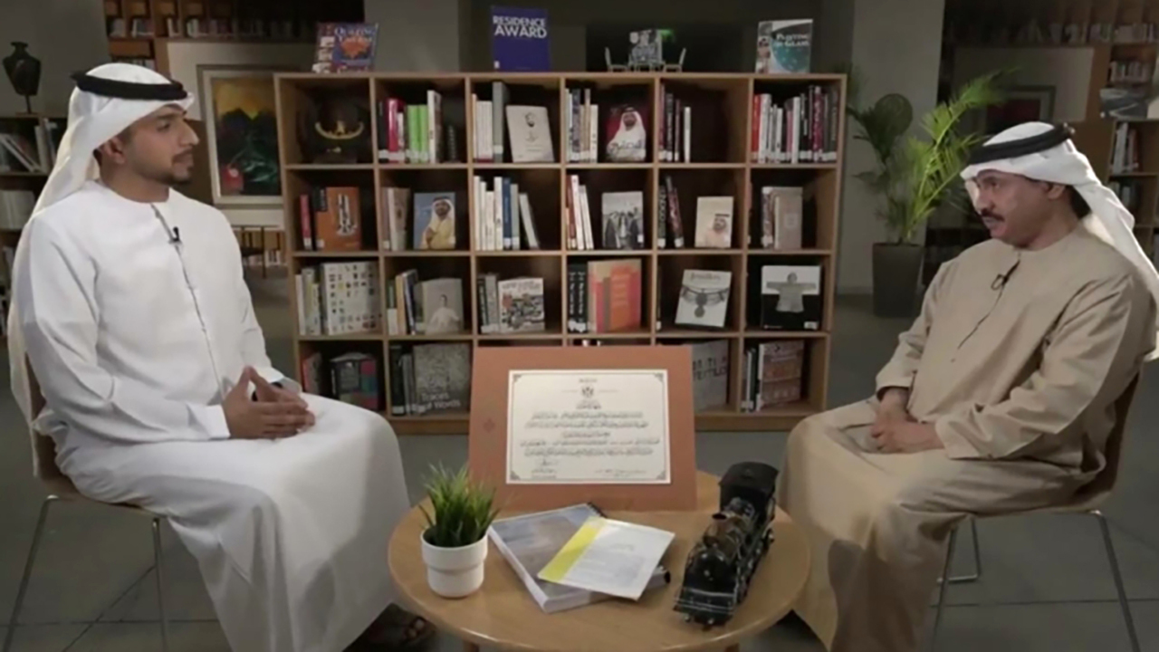 الصورة : حمد بن صراي ووليد المرزوقي خلال حلقة البرنامج   من المصدر