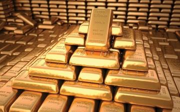 الصورة: الصورة: الذهب يتجاوز 1900 دولار
