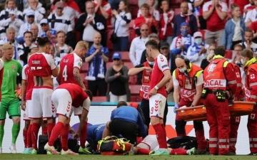 الصورة: الصورة: وعكة صحية للدنماركي كريستيان إريكسن توقف المباراة ضد فنلندا