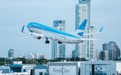 الصورة: الصورة: الأرجنتين تفرض قيودا جديدة على الطيران خشية انتشار نسخ متحورة من كورونا