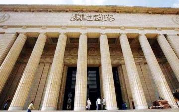 الصورة: الصورة: سجن 3 متهمين بالاعتداء على فنان مصري شهير