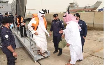 الصورة: الصورة: الكويت تجلي عشرات العالقين بسبب الأحوال الجوية