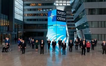 """الصورة: الصورة: التزام مبهم بزيادة الإنفاق لقادة """"الناتو"""""""