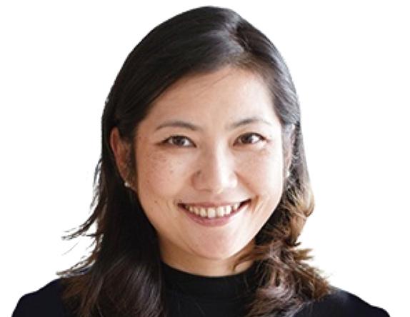 الصورة : نانسي تشيان - أستاذ علوم الاقتصاد الإداري واتخاذ القرار في كلية كيلوج في جامعة نورث وسترن، وهي مديرة مختبر الصين.