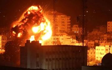 الصورة: الصورة: غارات جوية إسرائيلية على قطاع غزة