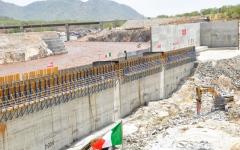 الصورة: الصورة: عثمان التوم لـ «البيان»:تفاصيل المرحلة الثانية لملء سد النهضة أكثر ما يشغل السودان