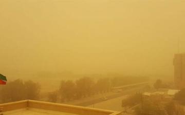 الصورة: الصورة: توقف الملاحة البحرية في موانئ الكويت لسوء الأحوال الجوية