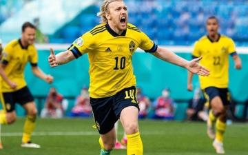الصورة: الصورة: السويد تفوز على سلوفاكيا وتتصدر المجموعة الخامسة في يورو 2020