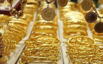 الصورة: الصورة: تراجع كبير في أسعار الذهب بمصر