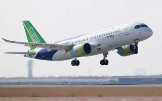 الصورة: الصورة: «كوماك» الصينية تجبر «إيرباص» و«بوينغ» على الهدنة