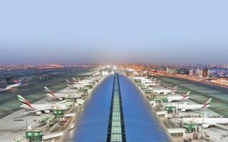الصورة: الصورة: دبي تستعيد حركة الطيران بالكامل قريباً