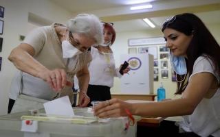 الصورة: الصورة: باشينيان يعلن فوزه بالانتخابات التشريعية في أرمينيا وخصمه يعترض
