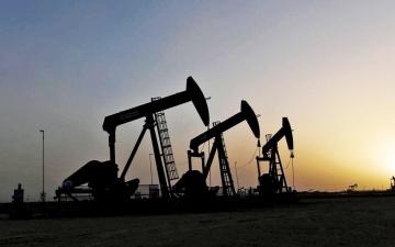 الصورة: الصورة: «موديز»: دول الخليج ستستغرق 10 سنوات على الأقل لإنهاء اعتمادها على النفط