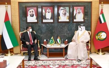 الصورة: الصورة: البواردي يستعرض العلاقات مع سفير باكستان