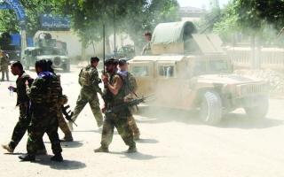 الصورة: الصورة: هجمات طالبان قد تبطئ الانسحاب الأمريكي من أفغانستان