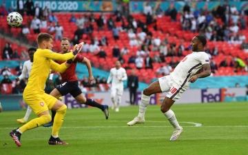الصورة: الصورة: هدف مبكر يمنح إنجلترا الفوز وصدارة المجموعة الرابعة