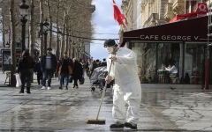 الصورة: الصورة: أضرار بملايين الدولارات في سويسرا بسبب حبات البرد