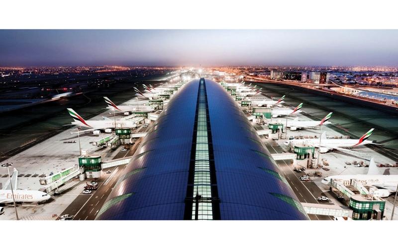 الصورة: الصورة: 597.1 ألف مقعد على الرحلات عبر مطارات الإمارات