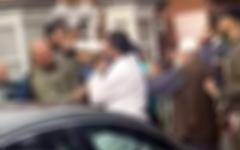 الصورة: الصورة: خلاف بين امرأتين في دولة آسيوية يتطور إلى مشاجرة بين الأزواج في دبي
