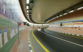 الصورة: الصورة: أنفاق دبي.. جداريات تستحضر التراث والحداثة