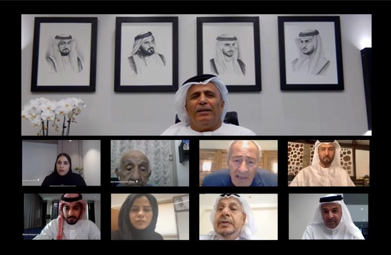 الصورة : جانب من اجتماع مجلس أمناء جائزة الإبداع الرياضي برئاسة مطر الطاير | من المصدر
