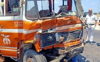 الصورة: الصورة: إصابة 36 شخصاً في حادث تصادم حافلتين بالإسكندرية