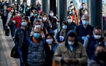 الصورة: الصورة: ارتفاع معدلات الإصابة بكورونا في إيطاليا مع انتشار سلالة دلتا
