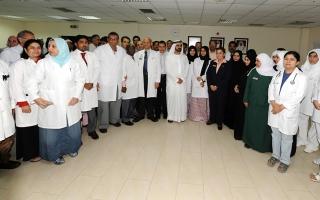 تنفيذاً لتوجيهات محمد بن راشد منح الإقامة الذهبية للأطباء المقيمين في الإمارات