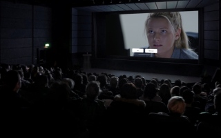 الصورة: الصورة: «ڤوكس» تطلق أول تجربة أفلام تفاعلية