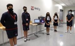 الصورة: الصورة: 5 طلاب يصممون «جهازاً ومواد تعقيم» لتعزيز العودة الآمنة للدراسة