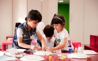 الصورة: الصورة: «دبي للثقافة» تبدأ اليوم أسبوعاً فنياً  حافلاً بالورش الواقعية