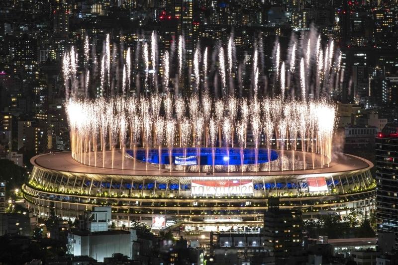 الصورة : ألعاب نارية في ختام أولمبياد طوكيو   أ ف ب