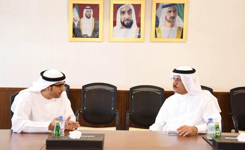 تنسيق التعاون بين «التوطين» و «الموارد البشرية الإماراتية في دبي»