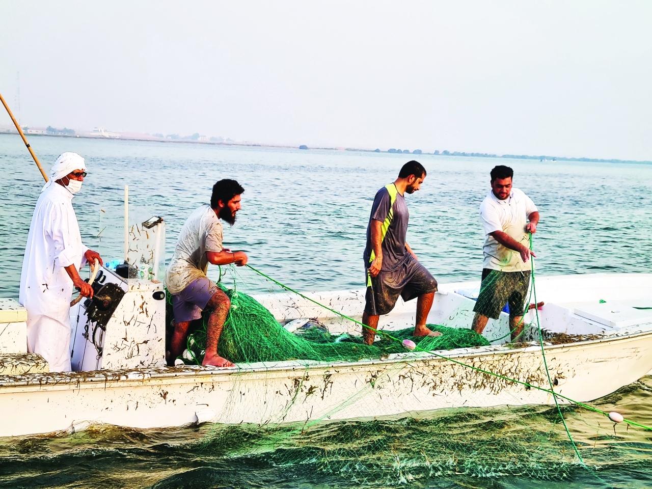 الصورة : الصيادون طالبوا وزارة التغير المناخي والبيئة بتوفير المحركات بمختلف أحجامها   من المصدر