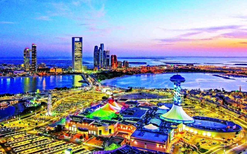 الصورة: الصورة: أبوظبي تستعد لانتعاشة قوية للقطاع السياحي والفندقي
