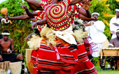 الصورة: الصورة: رقصات عالمية تنثر في دبي عبق التنوّع الثقافي