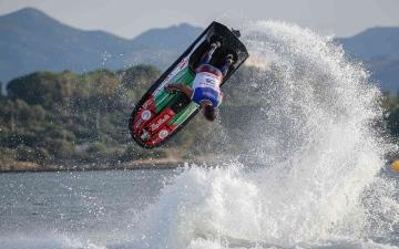 الصورة: الصورة: إنجاز إماراتي جديد.. الملا بطلا لمونديال الدراجات المائية في إيطاليا