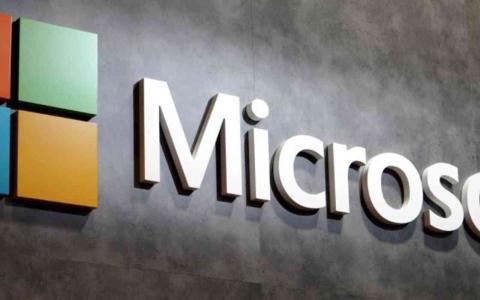 الصورة: الصورة: «مايكروسوفت» تكشف عن جيل جديد من الكمبيوتر اللوحي