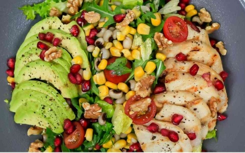 الصورة: الصورة: قسيمة مجانية للأطعمة والمشروبات بقيمة 100 درهم لزوار إكسبو دبي في أكتوبر