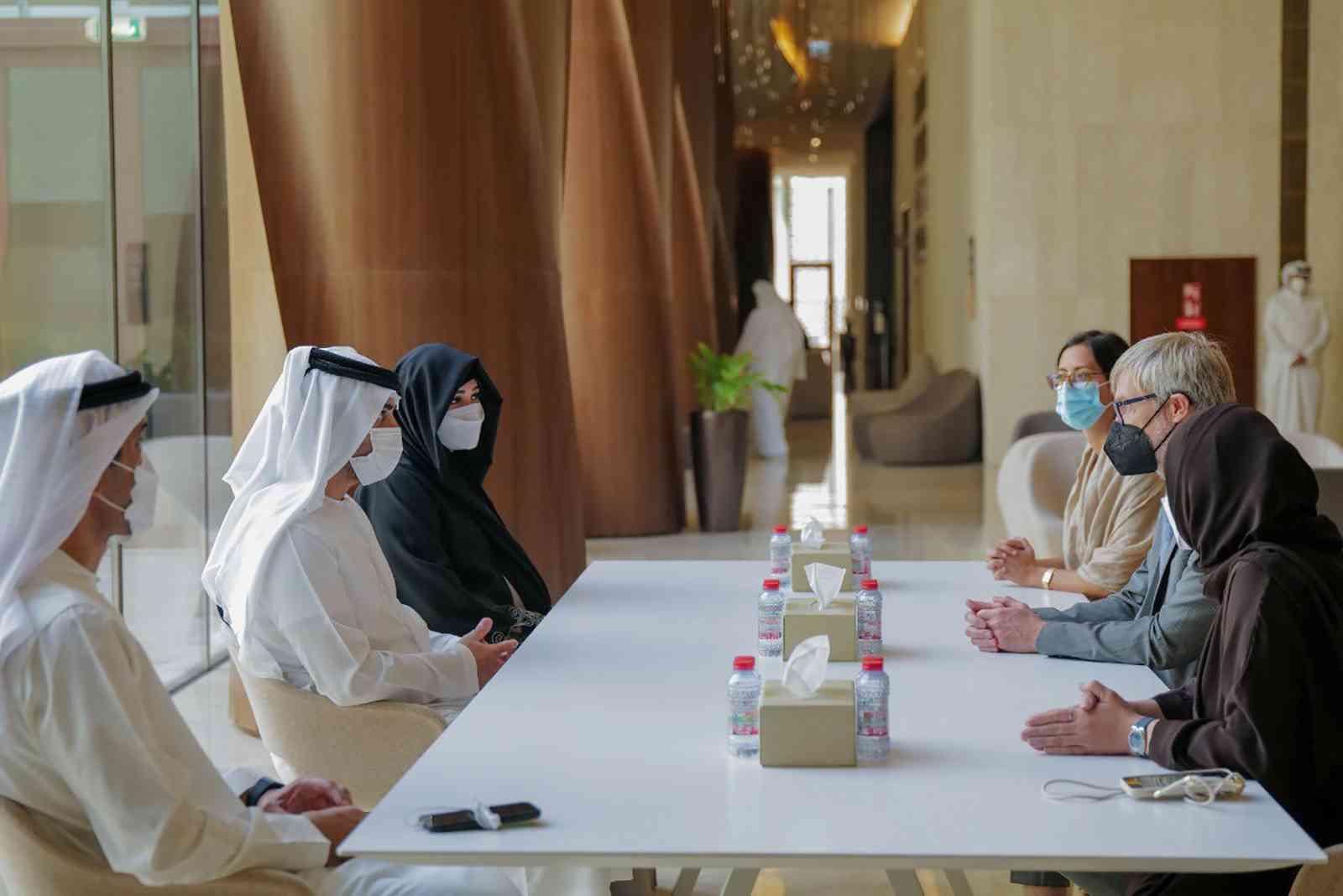 مكتوم بن محمد يلتقي مدير عام المجلس الدولي للمتاحف