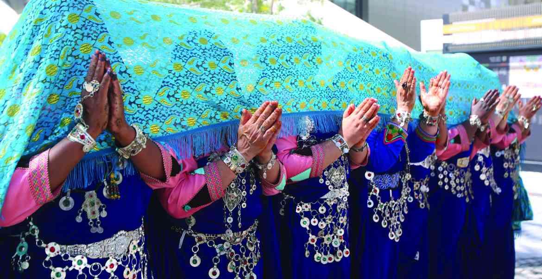 الصورة : » فنون شعبية مغربية بلمسة نسائية