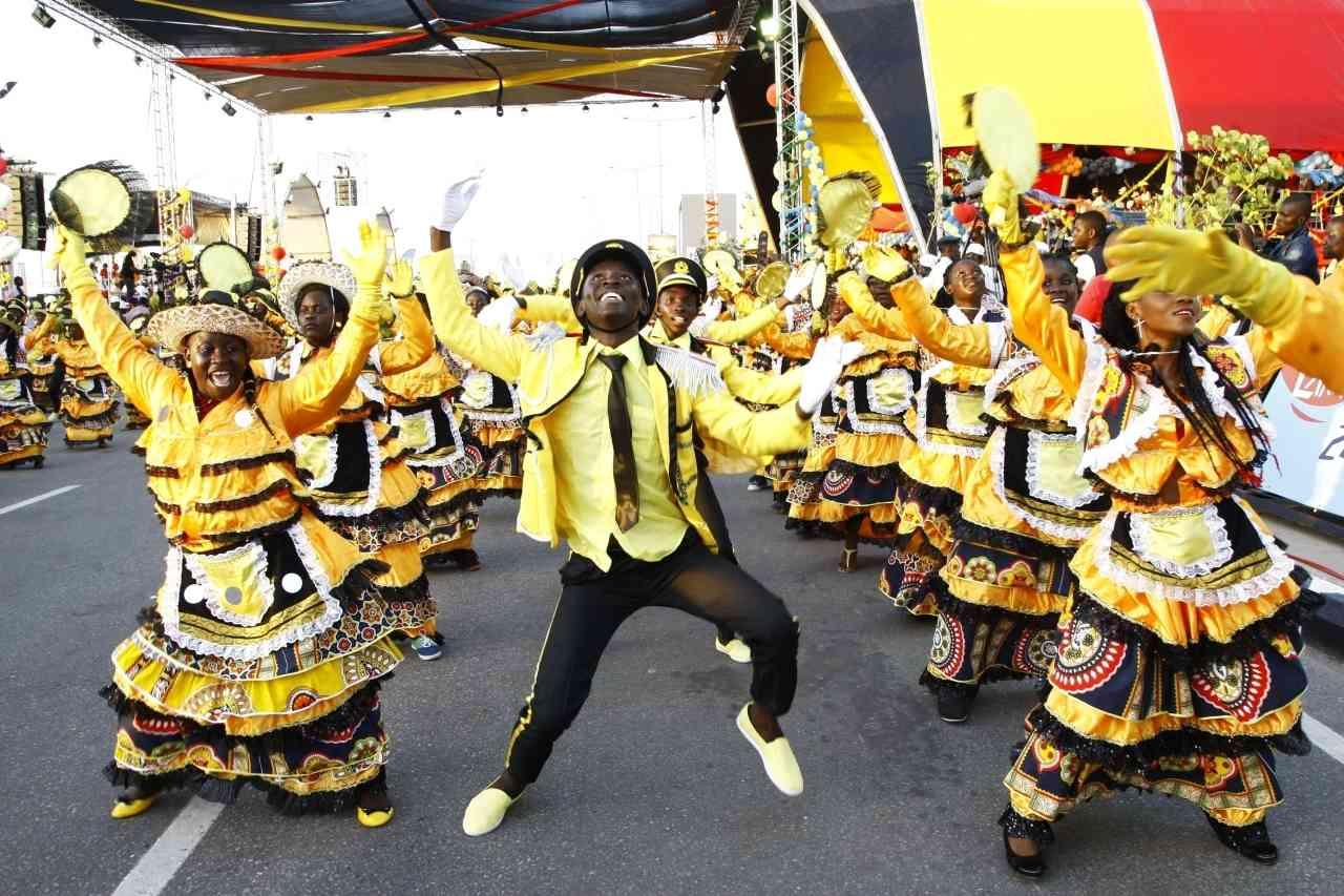 الصورة : رقصة من أنغولا